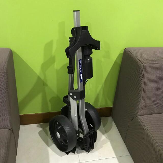 b15bea31abc Slazenger Golf Trolley, Sports, Sports & Games Equipment on Carousell