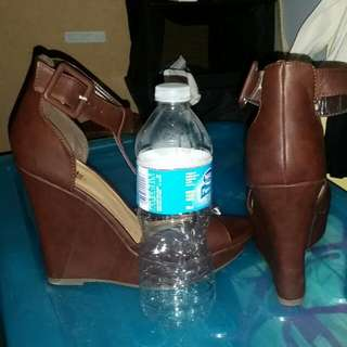 Used Once Size 8 Charlotte Russe Wedges.
