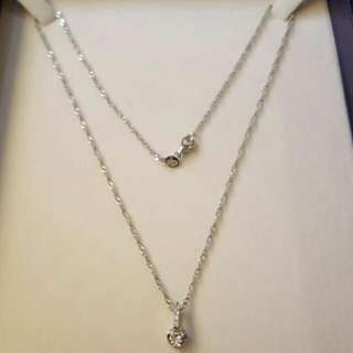 Beautiful Brand new sterling silver necklace.  18 inch.