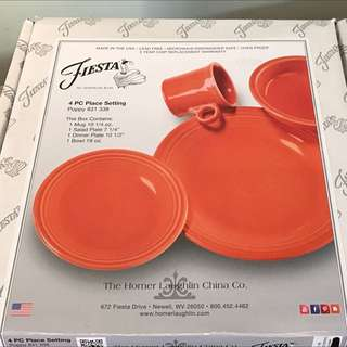 Fiesta 4 Place Setting NIB Poppy Color Brand new!