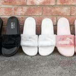 Puma Slippers/slides