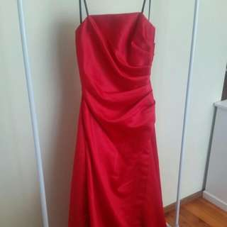 Full Lenth, Strapless Ball Gown