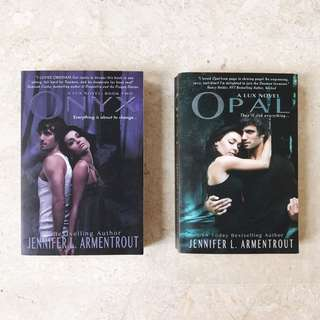 Opal & Onyx (Obsidian Series)