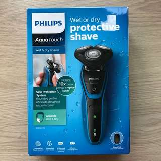 Philips Aquatouch Wet Or Dry Protective Shaver