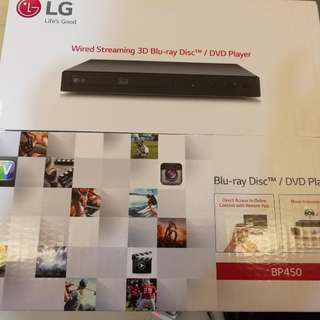 BNIB LG Blu-ray/ DVD player BP450