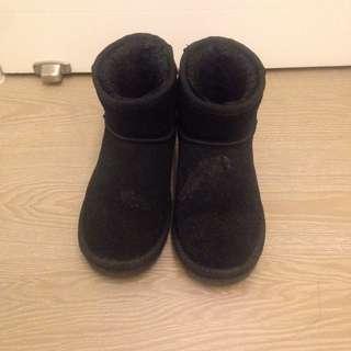 黑色 雪靴