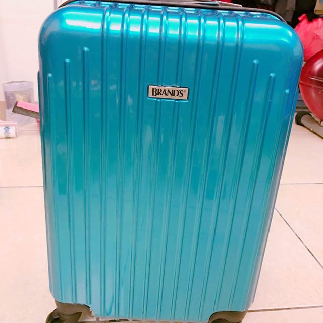 20吋全新行李箱
