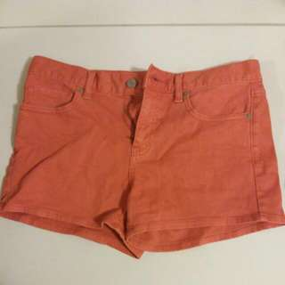 Uniqlo Red Shorts (24)