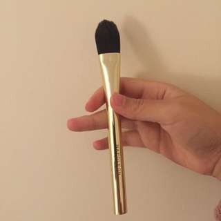 napoleon Perdis foundation brush 🌸