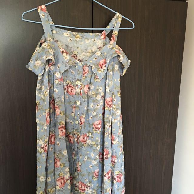 淡藍玫瑰露肩洋裝
