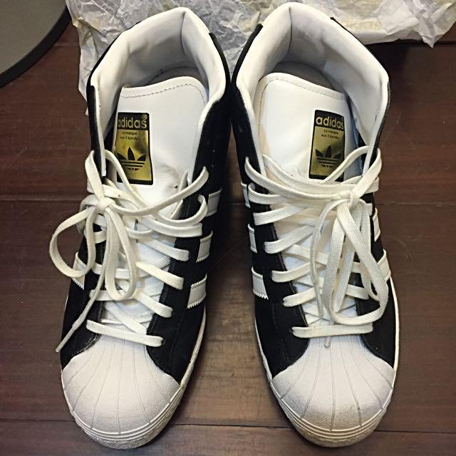 Adiddas愛迪達內增高球鞋