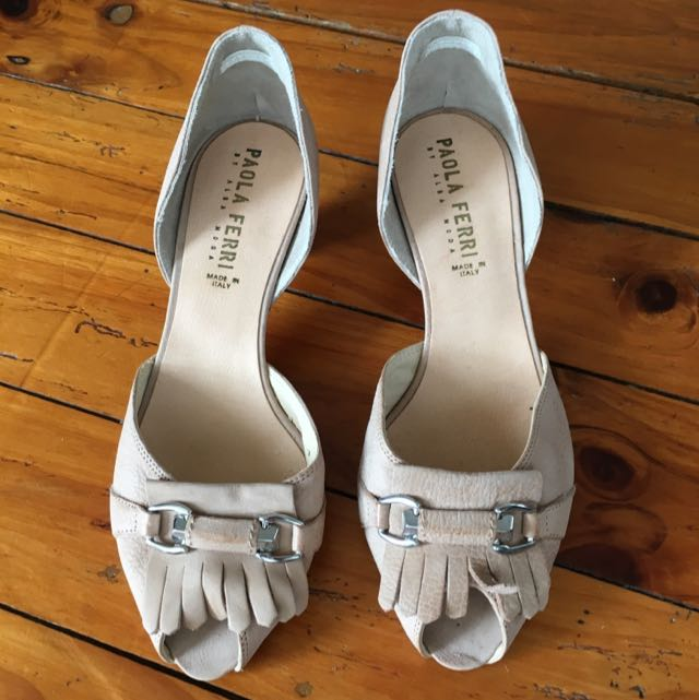 Brand New Leather Nude Peep toes Size 39