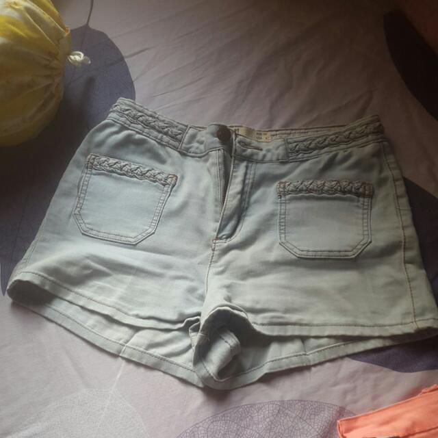 Celana Pendek Cotton On