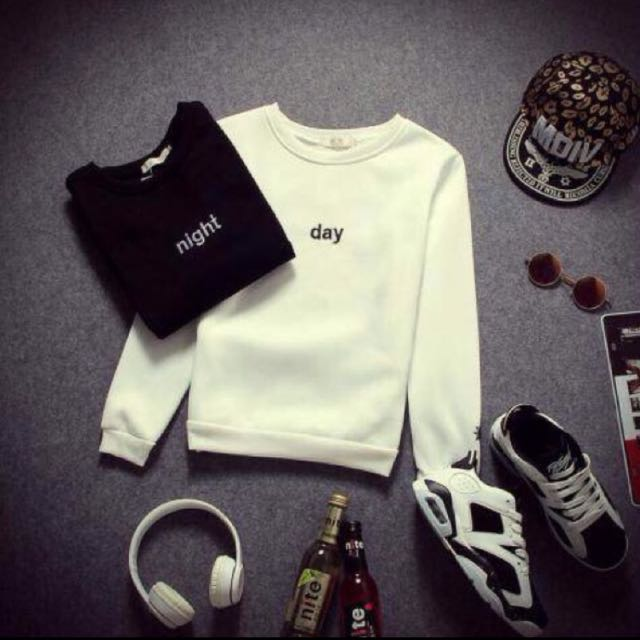 Day Night 大學t 白色