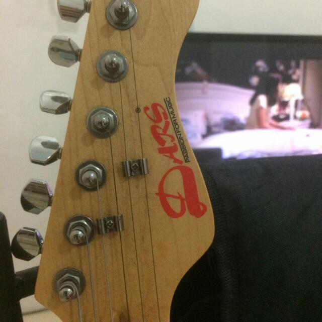 Guitar Dars Amp Passion For Music Media Instruments On Carousell