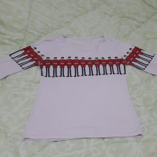 Kaos Putih / White Tshirt