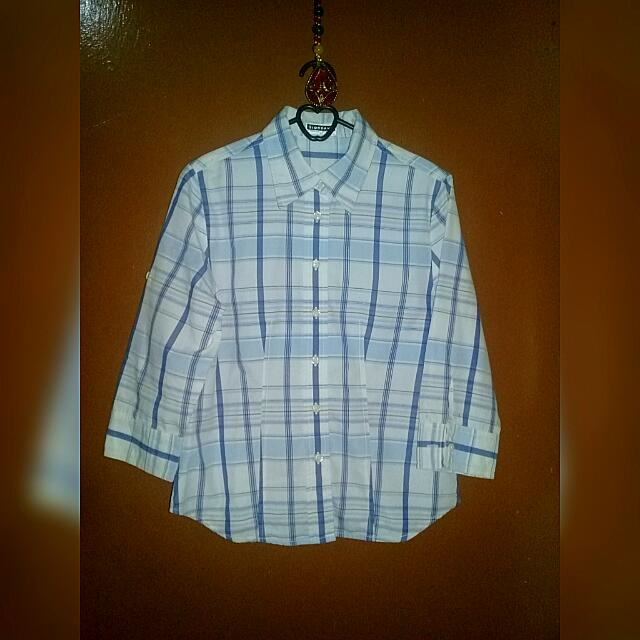 Kemeja Wanita (Woman Shirt)