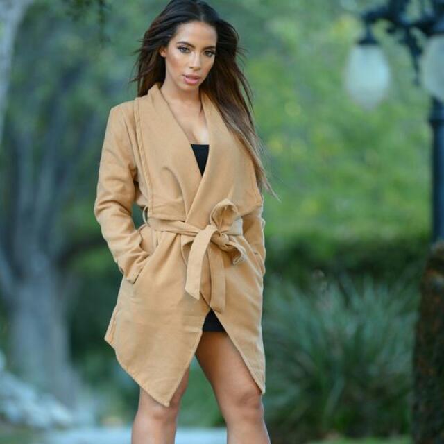 Light Brown Manhattan Coat (Fashion Nova)