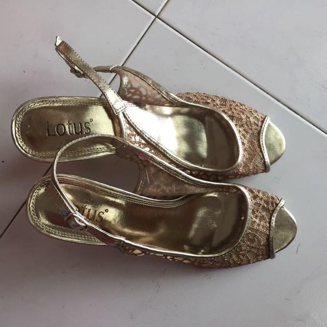 Peep toed Heels