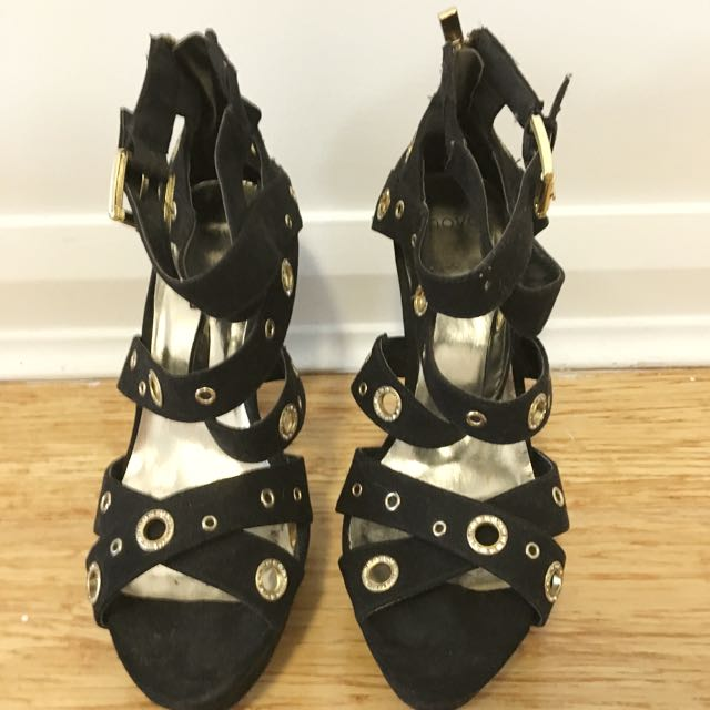 Preloved Black NOVO Shoes