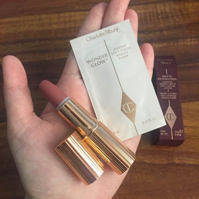 [Reduced + Bonus] Charlotte Tilbury Limited Lipstick