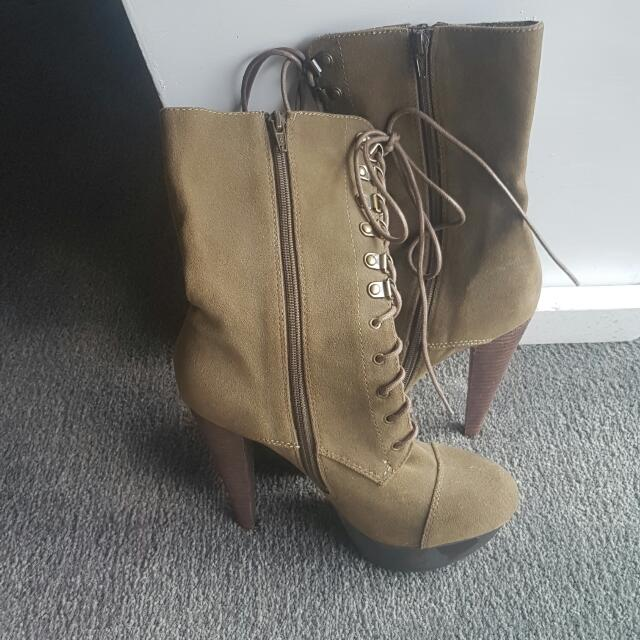 Swade Boots