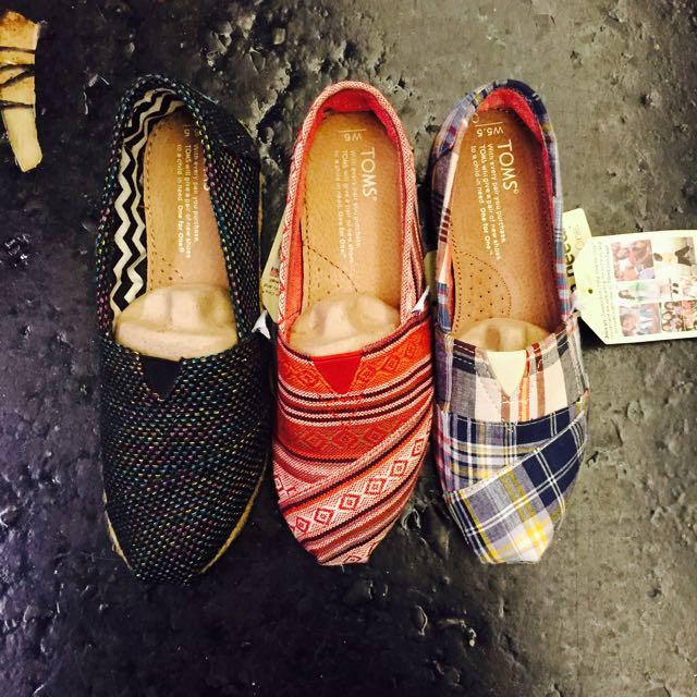 TOMS鞋子