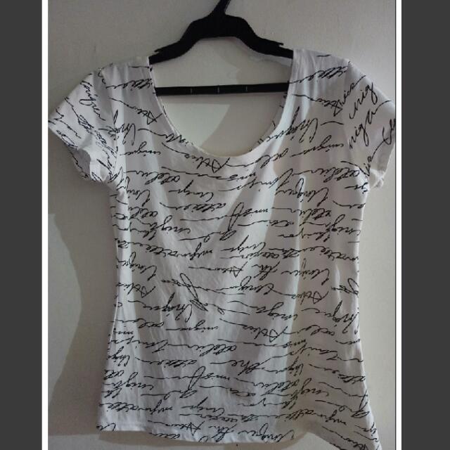 U-neck Tshirt