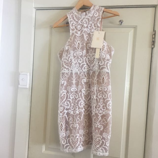 Winona Dress Whit Beige