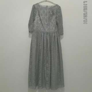Dress brokat grey