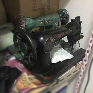 骨董裁縫車 裝潢擺設 工業風佈置
