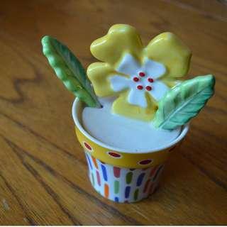 Villeroy and Boch sugar pot with spoon