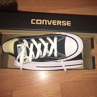 Converse - Black And White Shoes Sneakers