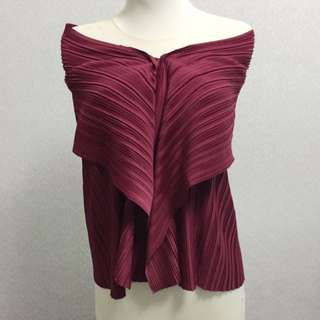 Never Been Used Pleats Off Shoulder Top Maroon