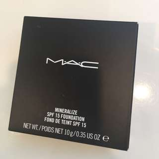 BRAND NEW: MAC Mineralize SPF15 Foundation