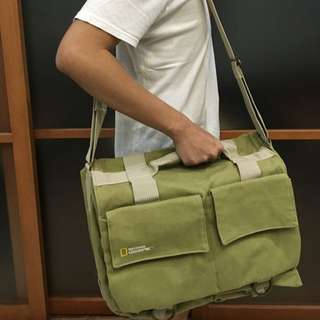(NEGO!) NATIONAL GEOGRAPHIC Large Shoulder Bag