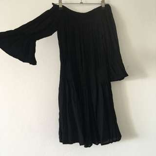 BNWT Street Heart Black Off The Shoulder Dress Size 10