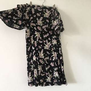 BNWT DREAM HOUSE Floral Off The Shoulder Dress Size 12