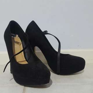 ☆REDUCED☆ Black Heels