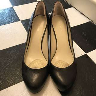 Nine West Back Pump, Size 8 1/2