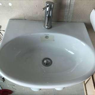 Toilet Wash Basin