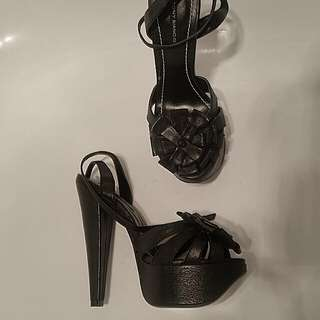 Tony Bianco Black Leather Heel. Size 5