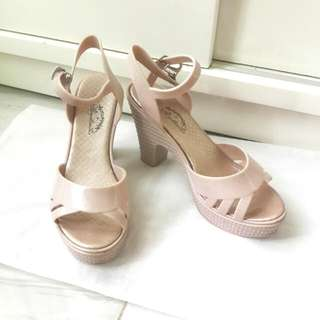 Jelly shoes size 37