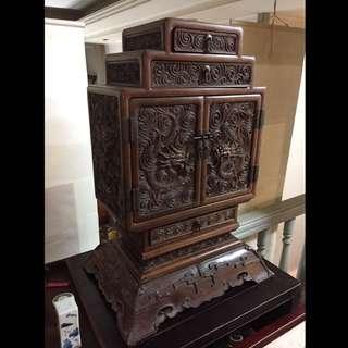 清乾隆 紫檀木 鏍雕雲龍紋多寶格櫃