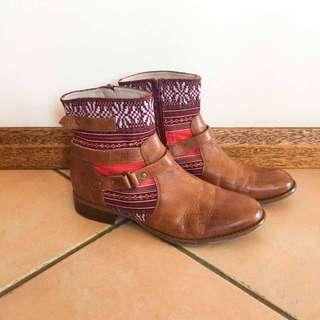 Wittner Aztec Boots size 37