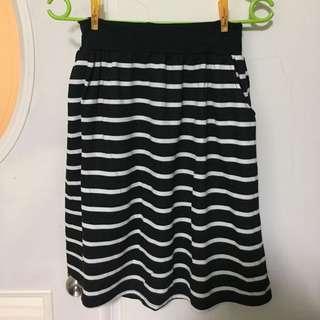 橫條紋及膝裙