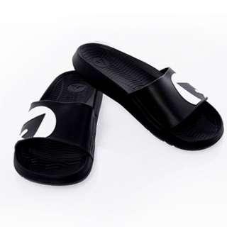 Airwalk 拖鞋