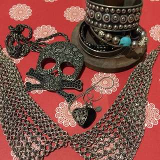 Silver Pirate Necklace bracelet Set