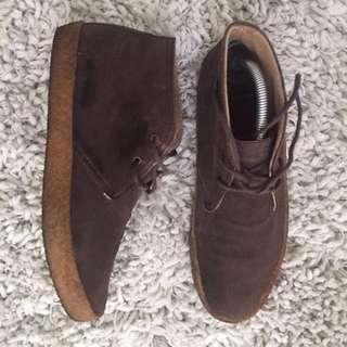TOPMAN Suede Desert Boots