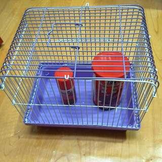 魚飼料和籠子出售